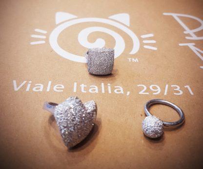 Anelli varie forme by Vestopazzo in alluminio riciclato diamantato - Bigiotteria Pois Nero Ladispoli - www.poisnero.it