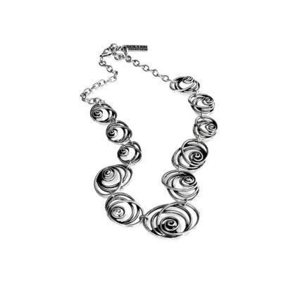 """Collana Sultan collection in lega denominata """"Zama"""", composta da 4 metalli: lo Zinco, l'Alluminio, il Magnesio ed il Rame, il tutto bagnato in argento, privo di nichel."""
