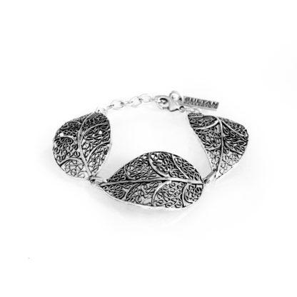 """Bracciale Sultan Collection lavorazione a foglia in lega """"Zama"""", composta da 4 metalli: lo Zinco, l'Alluminio, il Magnesio ed il Rame, il tutto bagnato in argento, privo di nichel."""