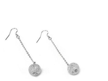 Orecchini catenina e sfera Vestopazzo in Alluminio diamantato. Pois Nero Ladispoli – www.poisnero.it