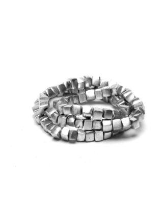 Bracciale cubetti 3 giri elastico in alluminio riciclato 100%, Anallergico e inossidabile. Pois Nero Ladispoli