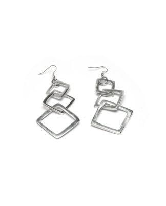 Orecchini 3 quadrati concatenati in alluminio riciclato al 100%.