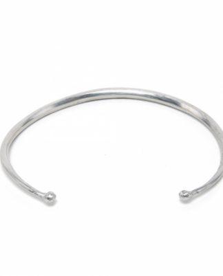 Collana girocollo rigido in alluminio riciclato